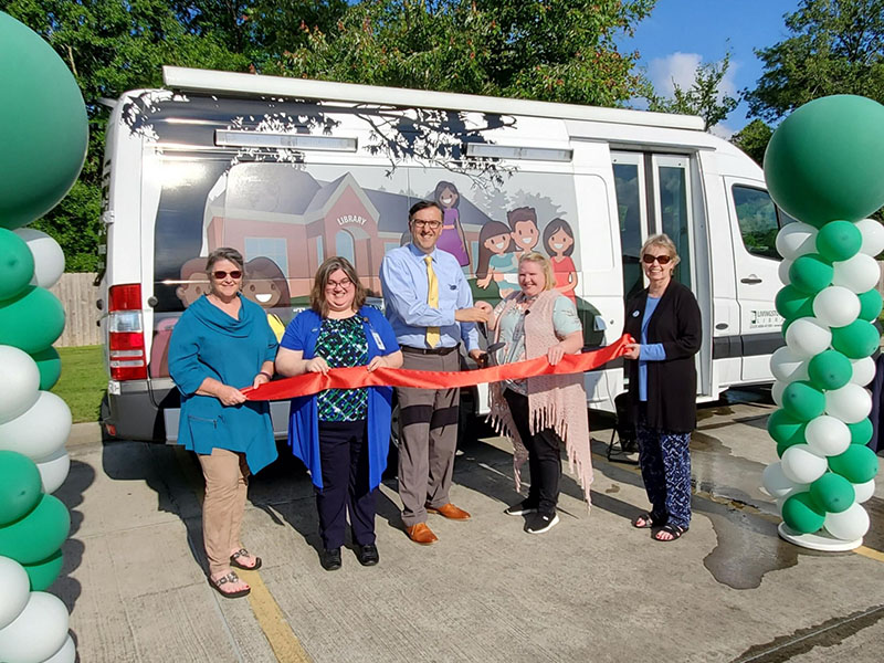 Livingston Parish Library Unveils New Mobile Library